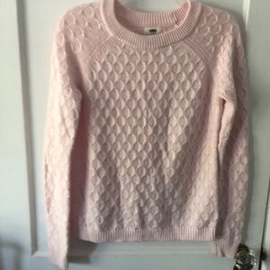 Light pink sweater from Old Navy. Size xs